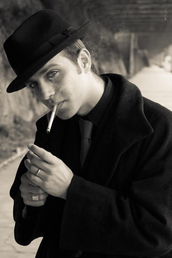 Картинки мужчин в шляпе и с сигаретой